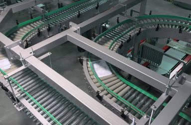 Secondary packaging conveyor rollers panoramic view